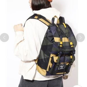 Herschel Supply x Rose Bud Little America Backpack